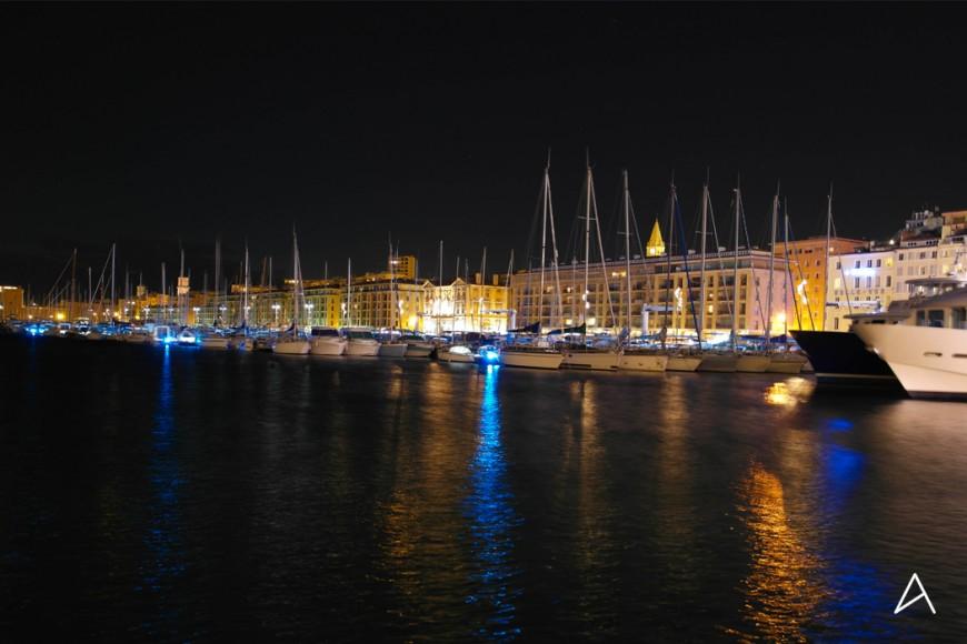 Marseille et son Vieux-Port de nuit