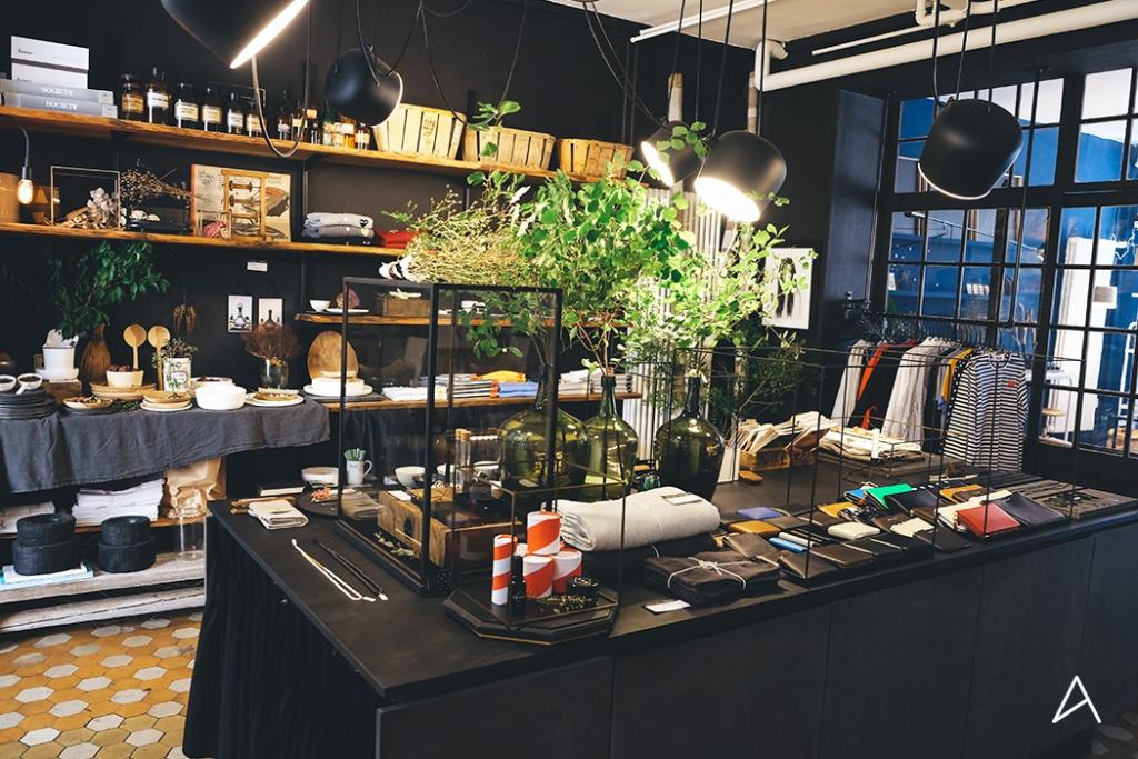 Lausanne_Shopping_Decoration_Aegon+Aegon_5