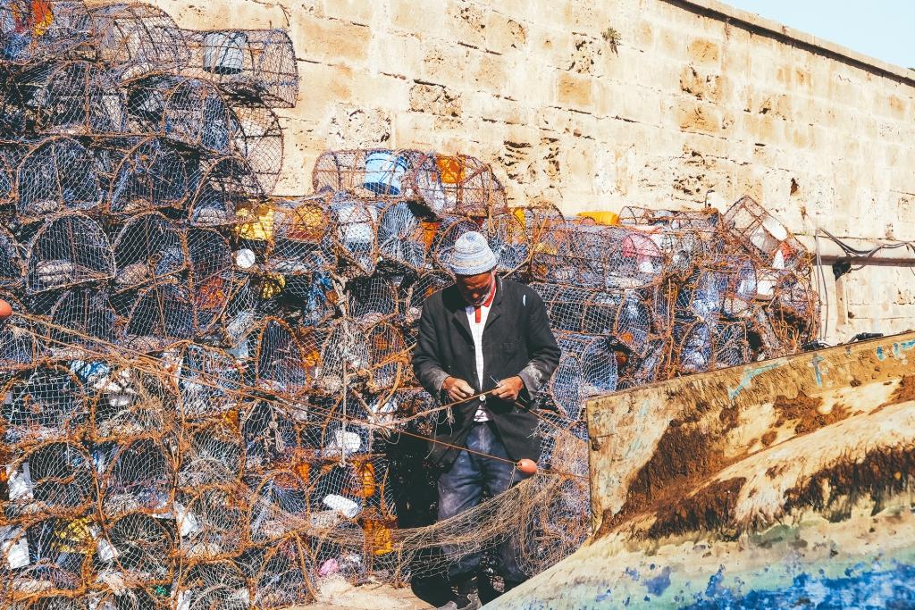 Essaouira-pecheur-filets