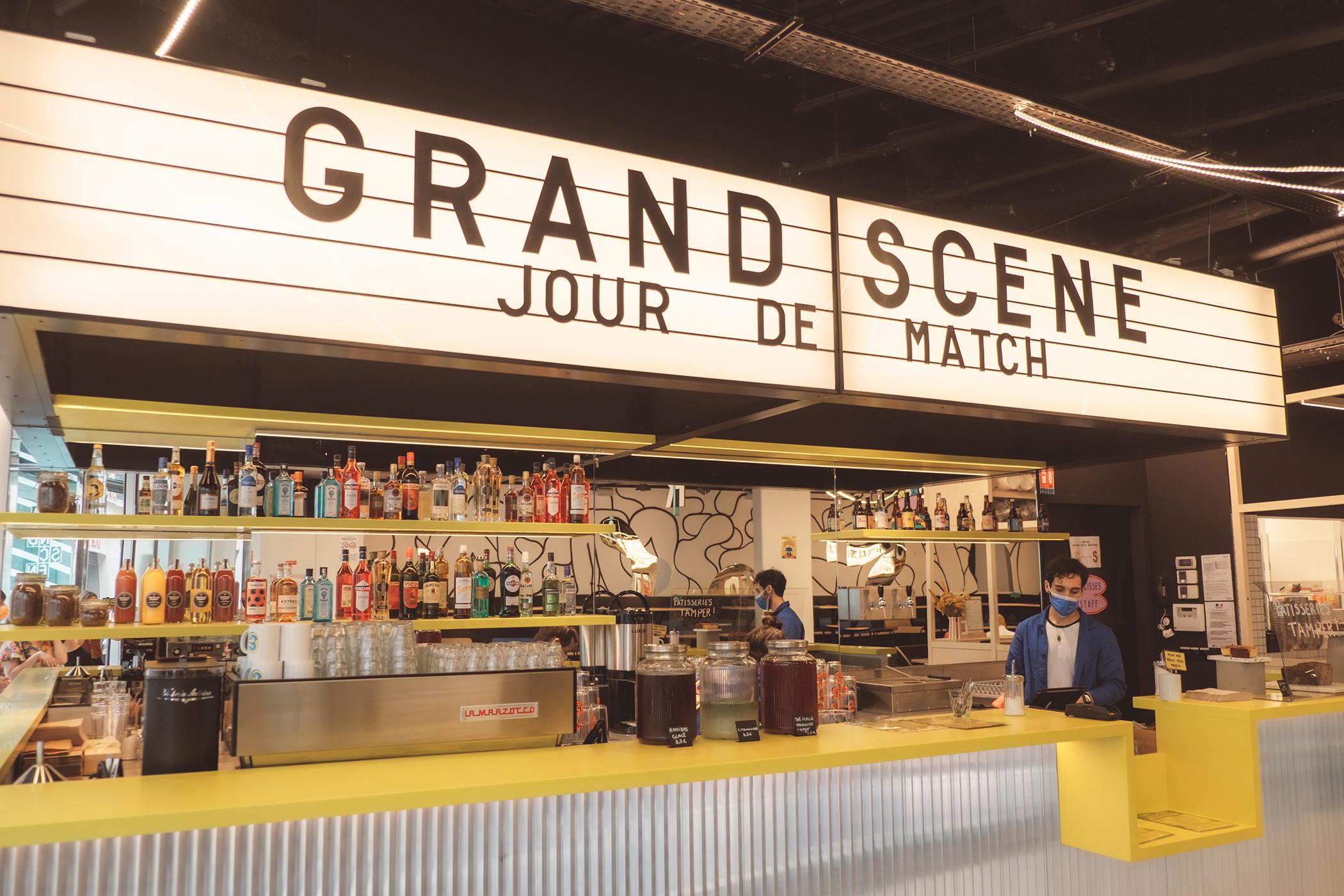 Le food court Grand Scène